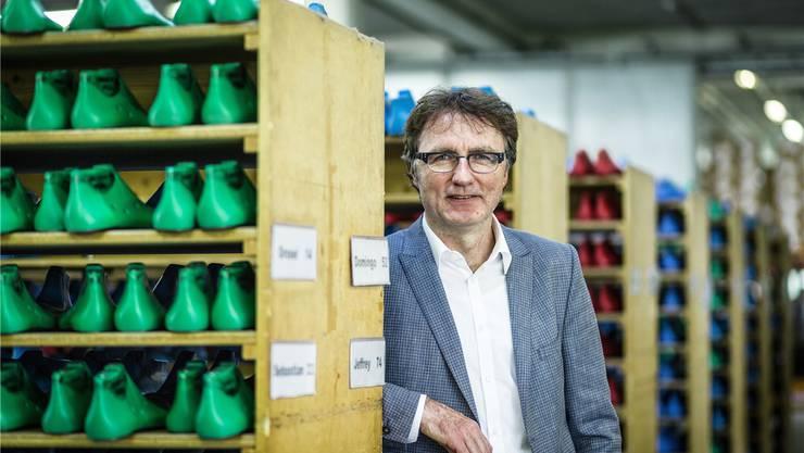 Der Schuster und seine Leisten: Fretz-Men-CEO Daniel Omlin.
