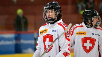 Der 17-jährige Yanick Stampfli startete seine Karriere beim EHC Zuchwil Regio, aktuell spielt er beim EV-Zug-Nachwuchs.