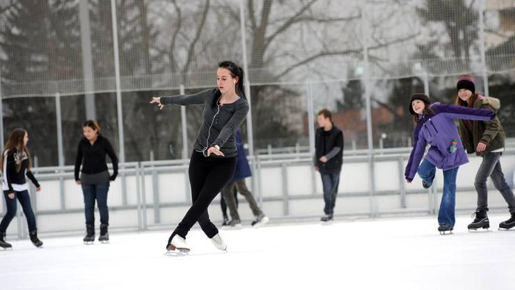 Mehr als 145'000 Gäste besuchten die Basler Kunsteisbahnen bis jetzt in diesem Winter.