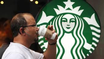 Die wenigsten Kunden bestellen ihren Kaffee oder Tee im selbst mitgebrachten Getränkebehälter. (Symbolbild)