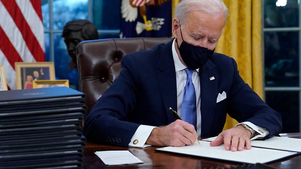 Biden beginnt Amtszeit mit Demontage von Trumps Vermächtnis