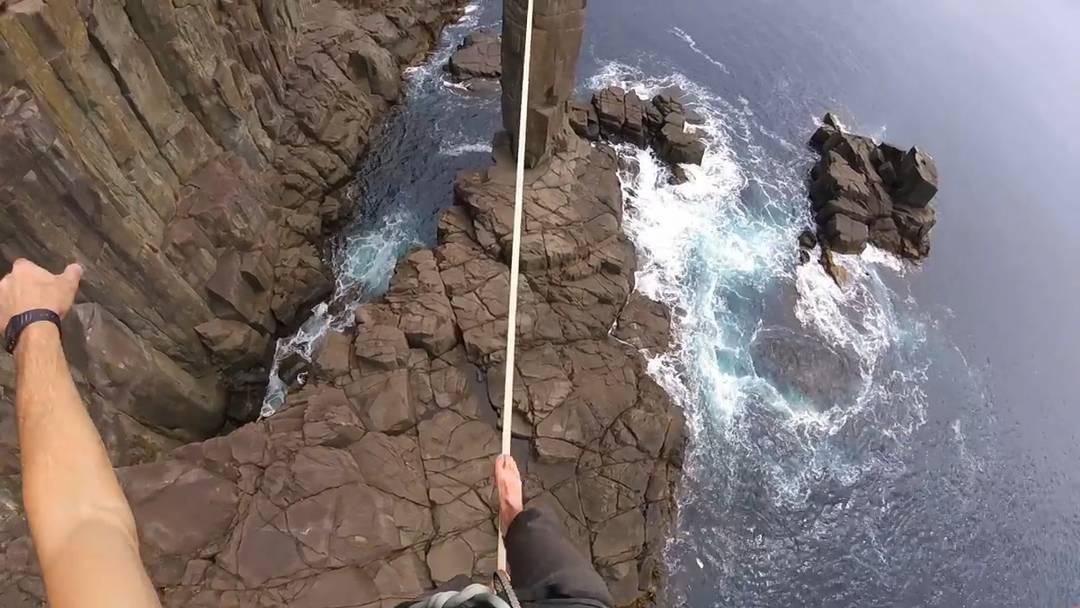 Gruselig: Ryan Robinsons Balanceakt am vor allem bei Kletterern bekannten «Moai-Turm».