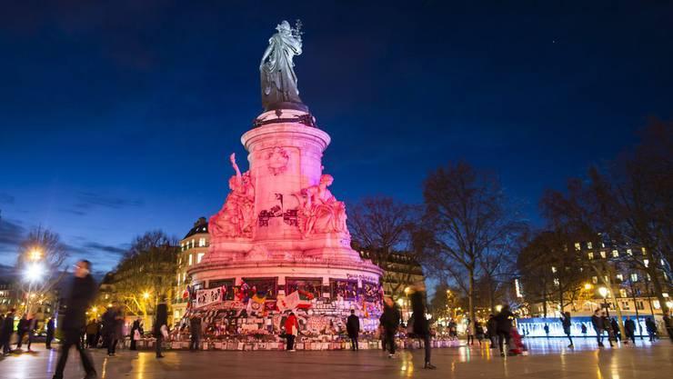 Die Place de la République ist zum Symbol der Solidarität unter den Franzosen geworden.