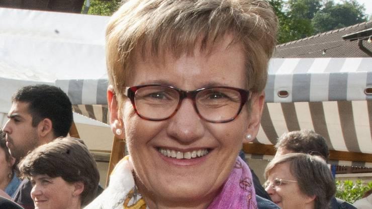 Erster Auftritt von Sabine Pegoraro.