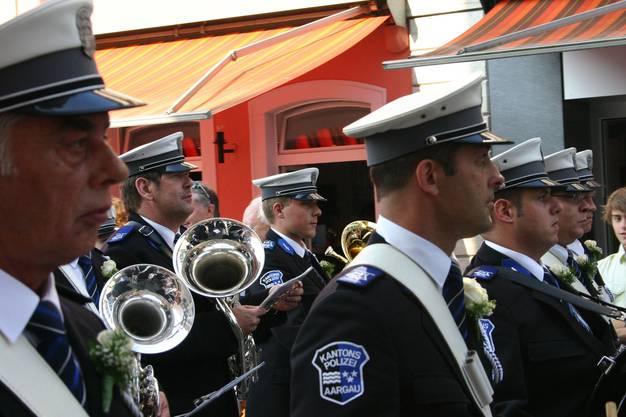 Das Spiel der Kantonspolizei Aargau ist zu Gast am Rutenzug in Brugg. Heiner Hossli mit dem Euphonium.