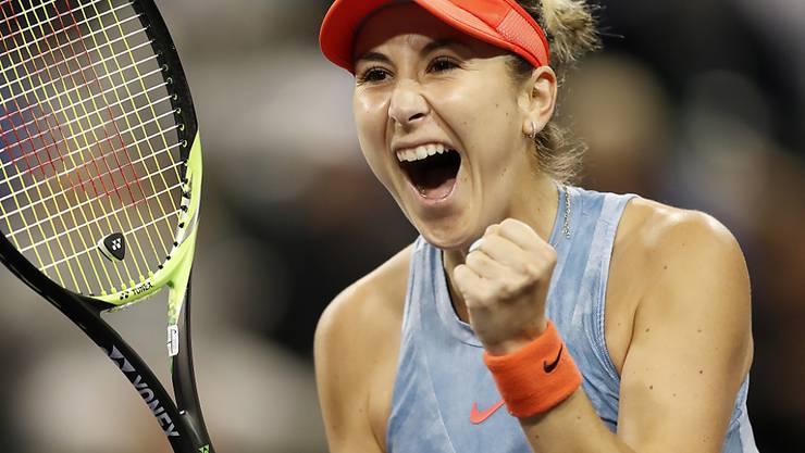 So freut sich Belinda Bencic über den Sieg gegen die Nummer 1 der Welt.