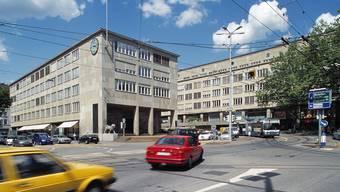 Das Verwaltungsgebäude des Kantons Zürich bei der Walchebrücke. (Symbolbild)