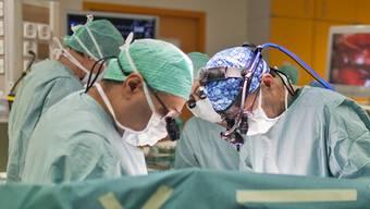 Die Aargauer Regierung hat für 2012 einen falschen Tarif für die stationäre Spitalbehandlung in der Klinik Hirslanden Aarau beschlossen (Symbolbild)