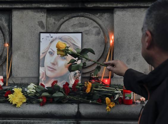 Die Leiche der 30-Jährigen war am Samstag in einem Park am Donauufer von Russe entdeckt worden.