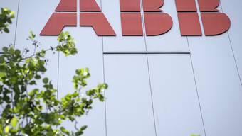 Der Industriekonzern ABB kann seine Marge im ersten Halbjahr leicht steigern. (Archivbild)