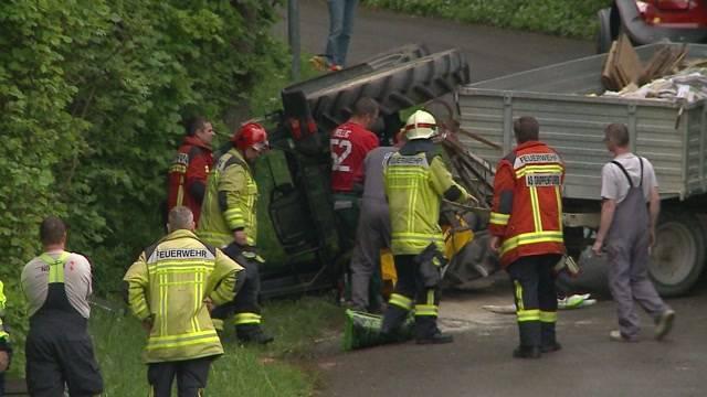 Traktor-Unfall in Widen