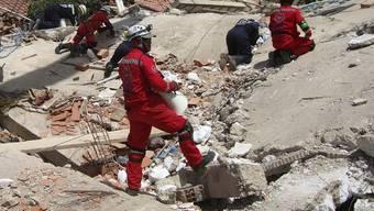 Rettungskräfte suchen nach Überlebenden - vergebens