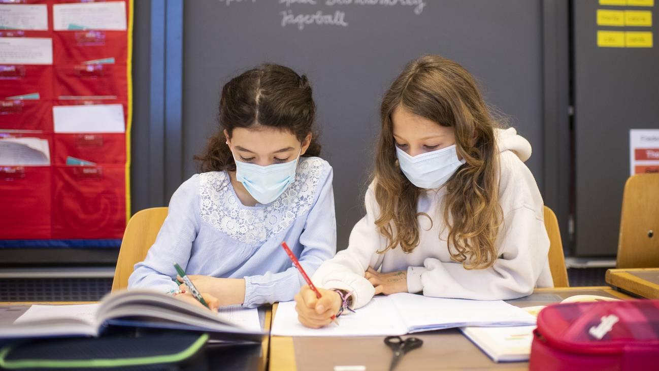 Ab der 5. und 6. Klasse gilt in den Schulen Maskenpflicht.