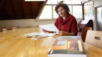 Frau Macia-Meyer leitet die Deutschkurse für Ausländerinnen.
