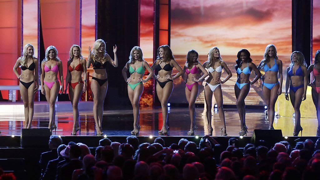 Schluss damit: Kandidatinnen an der Wahl zur Miss America müssen nicht mehr im Badekleid posieren, wie hier 2016 in Atlantic City.