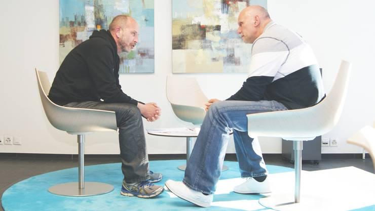 Nicht mehr an Bord: François Wartenweiler (l.) und Ruedi Haas (bei der Vertragsunterzeichnung) sind von ihren Ämtern zurückgetreten.