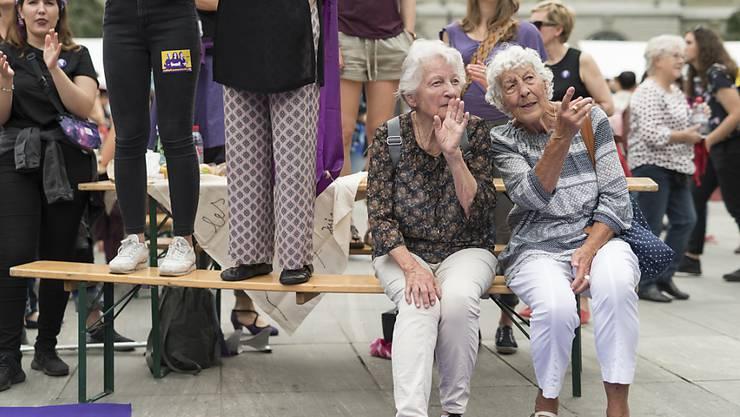 Der Frauenstreik in Bern vereinte die Generationen.