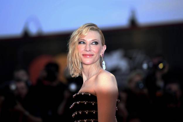 Cate Blanchett erhält den Golden Icon Award.