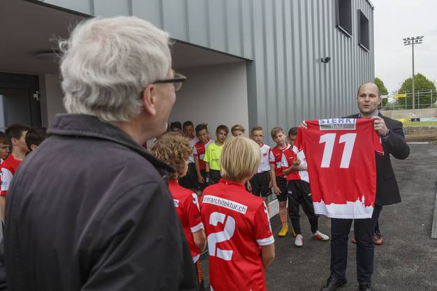 Eröffnung Garderobenpavillon FC Solothurn FC Solothurn Präsident Samuel Scheidegger Stadtpräsident Kurt Fluri