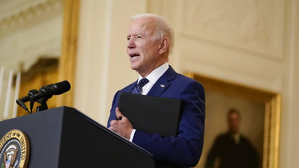 dpatopbilder - ARCHIV - Joe Biden, Präsident der USA, spricht im East Room des Weißen Hauses. Foto: Andrew Harnik/AP/dpa