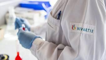 Auch die beiden Basler Pharmakonzerne Novartis und Roche reagierten auf den Druck von Donald Trump. (Symbolbild)