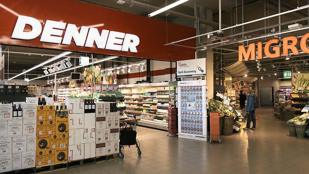 Der Discounter Denner hat 2016 zum siebten mal in Folge mehr Umsatz erzielt. (Archiv)