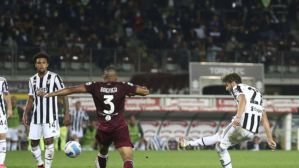 Manuel Locatelli schlenzt Juventus in der 86. Minute zum Derbysieg
