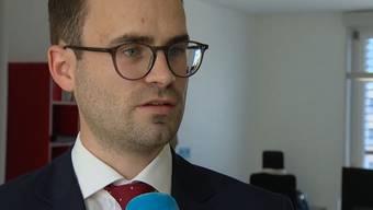 Der Aarauer Rechtsanwalt Martino Locher im Interview mit Tele M1.