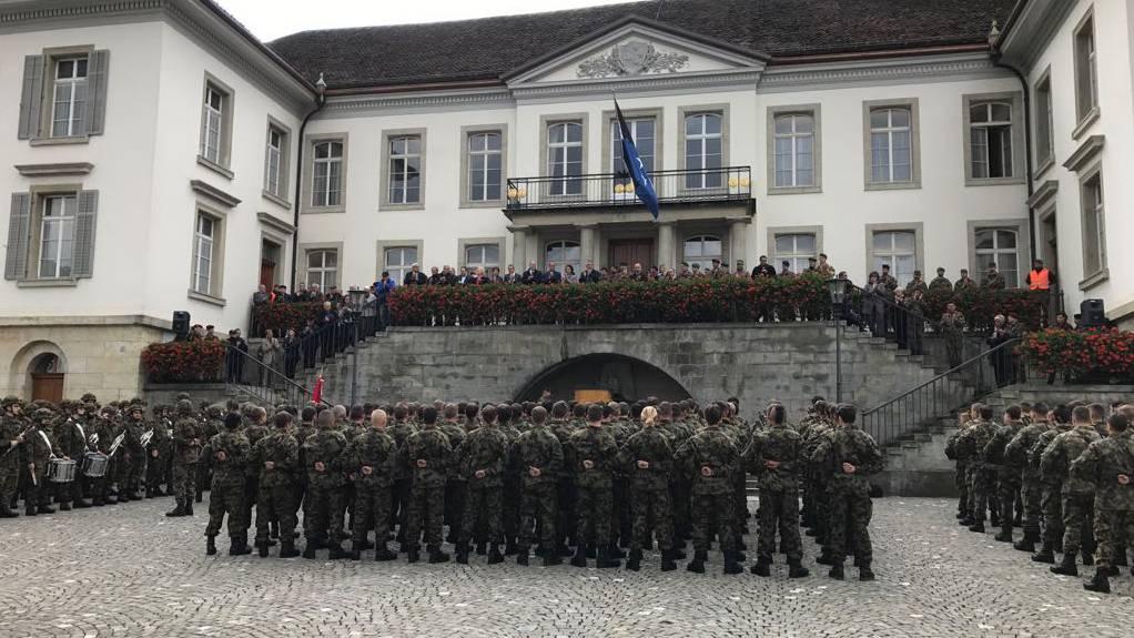 Infanterie verabschiedet sich aus Aarau