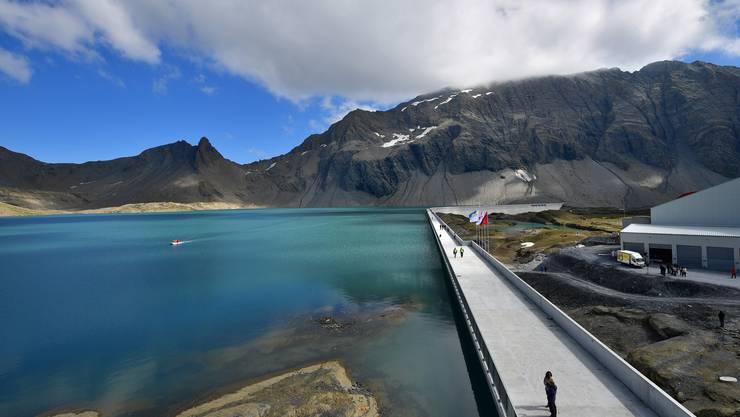 SP und SVP wollen die Axpo-Wasserkraftwerke weiterhin in Schweizer Händen wissen.