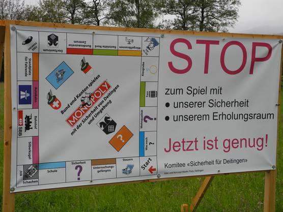 Ein Plakat des Komitees «Sicherheit für Deitingen»