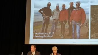 An der Generalversammlung wurden Fotos vom «VR-Workshop» projiziert.