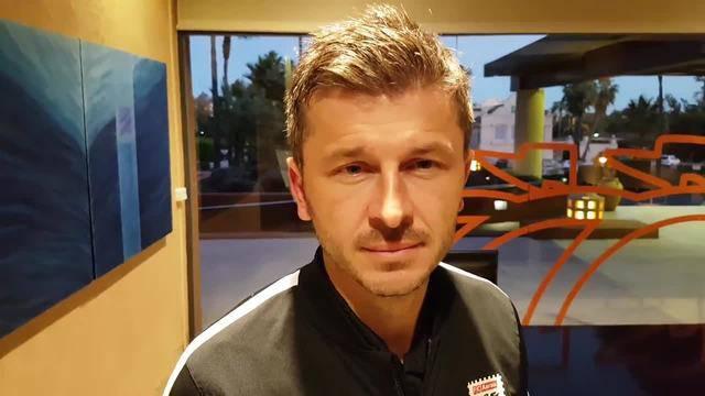Marinko Jurendic, Trainer FC Aarau, gibt im Trainingslager Auskunft