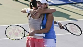 Martina Hingis steht mit ihrer Spiel-Partnerin Flavia Pennetta im Doppel-Final des US-Open