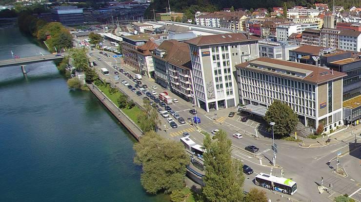 Drohnenaufnahme Bahnhofquai Aarburgerstrasse Postplatz Olten Luftbild Rechte Aareseite Bifang Alpiq Hauptpost Winkel Swisscom SBB Cargo