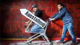 Der Schönenwerder Bronze-Künstler Oliviero Gorza (links) und «Next Wall»-Organisator Jonás Cano.Chris Iseli