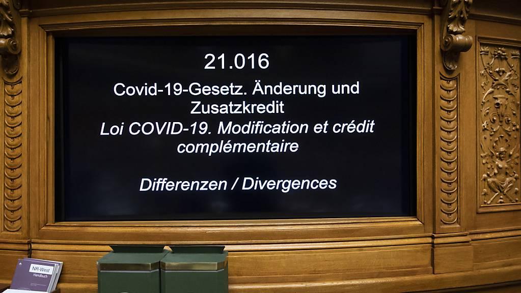 Auch wenn im Parlament teils heftig diskutiert wurde, wurde das Covid-19-Gesetz am Ende deutlich angenommen. (Archivbild)