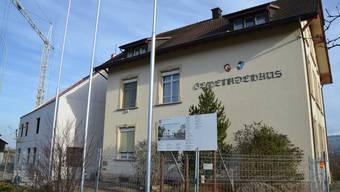 Das alte Gemeindehaus in Fischbach-Göslikon wird aus- und abgeräumt
