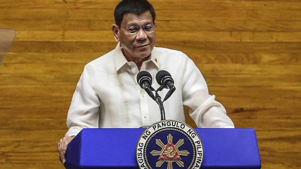 Duterte nimmt Kündigung eines Verteidigungspaktes mit den USA zurück