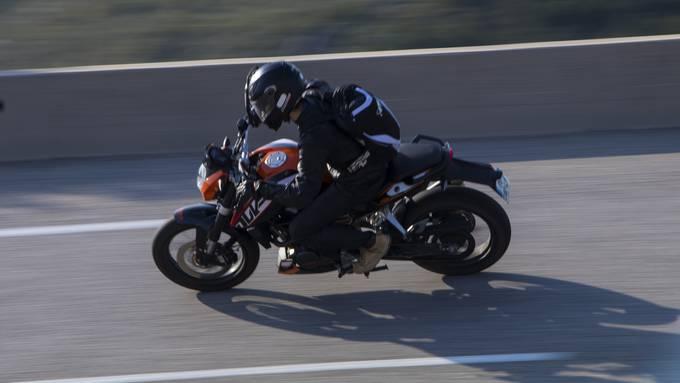 Der Beschuldigte war auch mit Motorrädern von Kunden unterwegs. (Symbolbild)