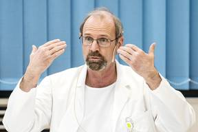 Peter SteigerStellvertretender Institutsdirektor Intensivmedizin am Universitätsspital Zürich