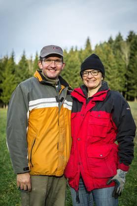 Priska und Roland Wismer, Bauern und Initiatoren des Windkraftwerks.