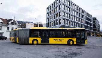 Regierung meldet beim Bund Ausschreibung von 18 Oberbaselbieter Buslinien an – mitten in den Verhandlungen mit AAGL und BLT. (Archiv)