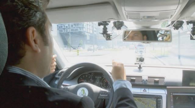 Hände weg vom Steuer: Swisscom testet selbstfahrendes Auto