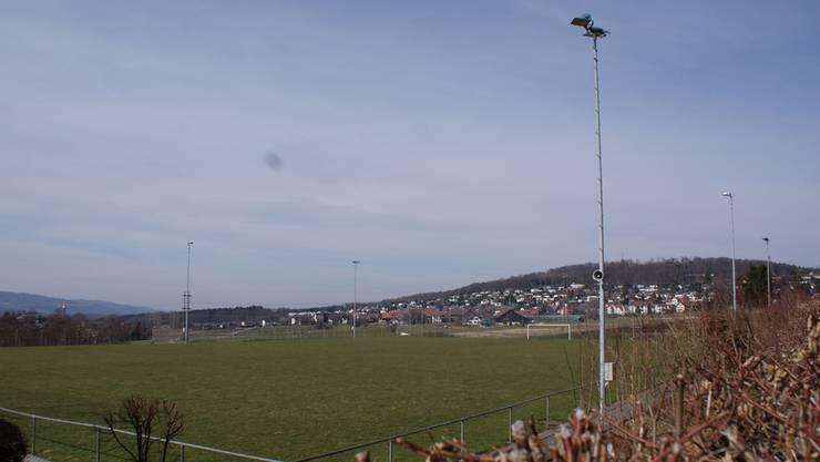 Der Fussballclub Uitikon klagt über akuten Platzmangel – die Initiative von «Pro Sürenloh» kommt dem Klub daher entgegen.  rab/archiv