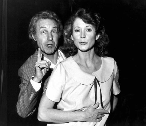 Das Ehepaar trat ab 1962 mit gemeinsamen Produktionen auf und war mit seinem Sprachwitz dem literarischen Kabarett verbunden.