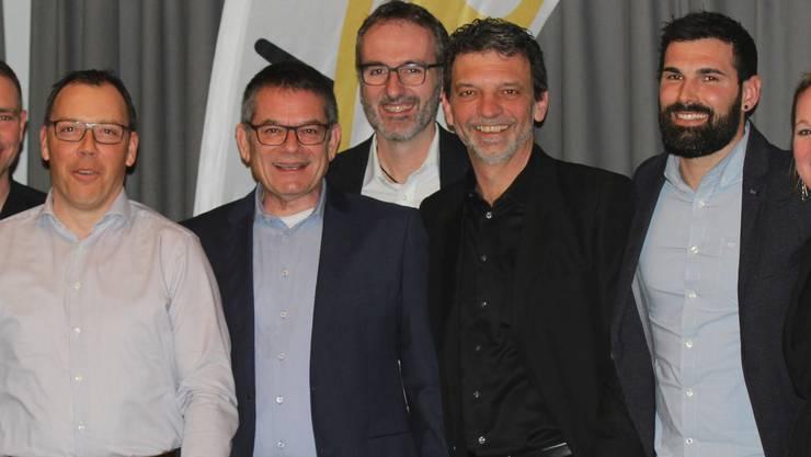 v.l.n.r.: Sara Berner (Aktuarin), Didier Blétry (Projekte), Sascha Lüscher (Küttiger Anzeiger), Heinz Senn (Präsident), Urs Blattner (Anlässe, Material), Christoph Lüthi (Finanzen), Patrick Blattner (Beisitzer), Stefanie Briner (Beisitzerin)