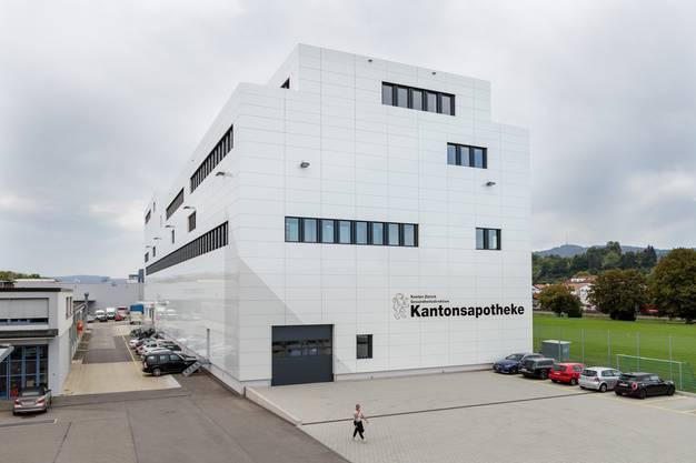 Das ist der Neubau mit einer Gesamtnutzungsfläche von 10'700 Quadratmeter.