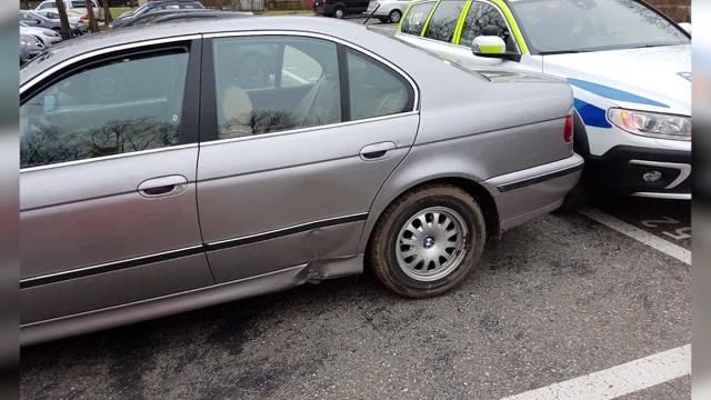 Teenager klaut Auto und will zur Schule fahren