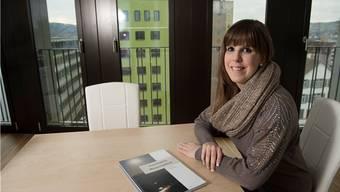 Die Tourismusfachfrau Tanja Sibold wohnt seit vier Monaten in einer modernen Wohnung auf dem Campus-Dach.